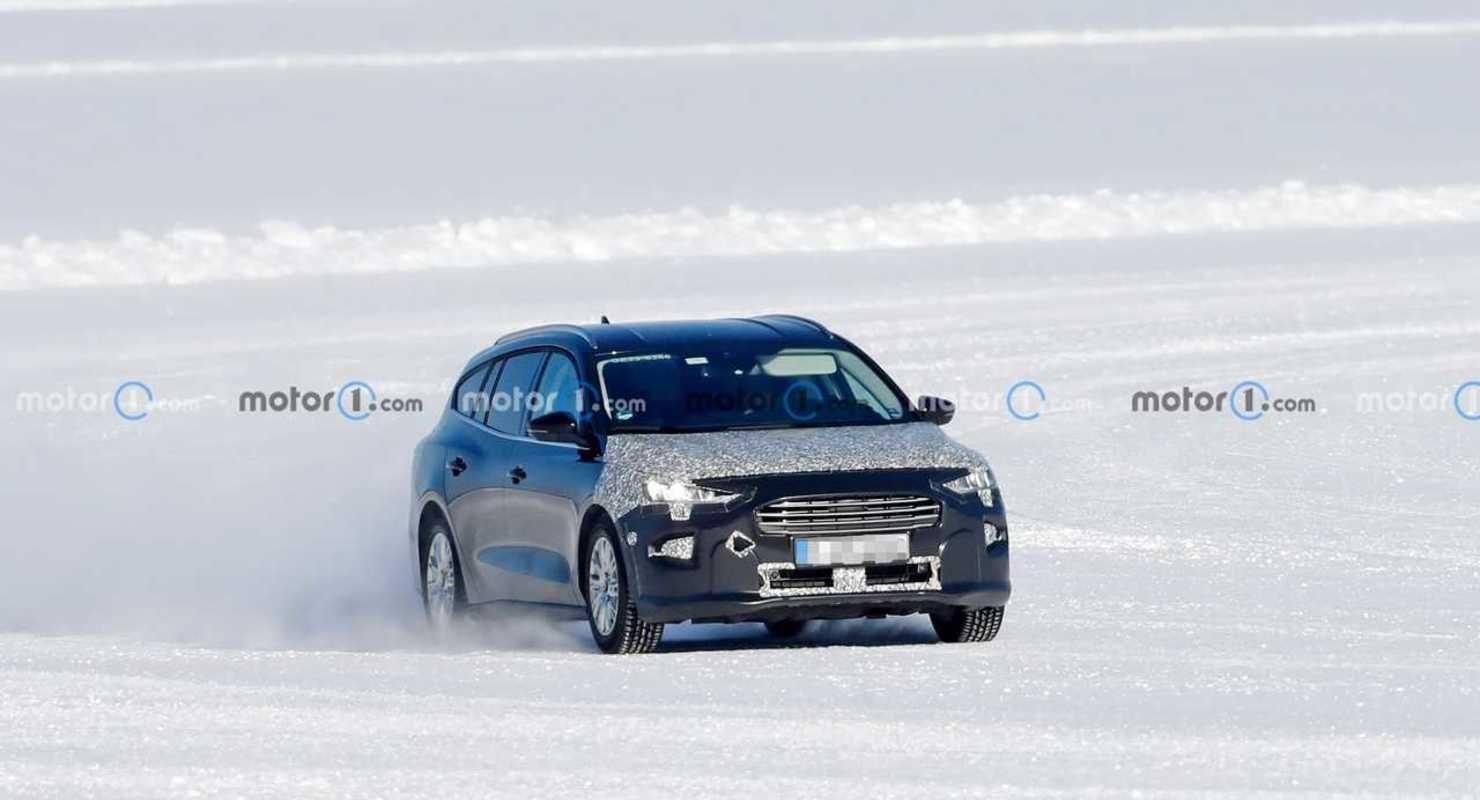 Ford тестирует обновленный универсал Focus Active Автомобили