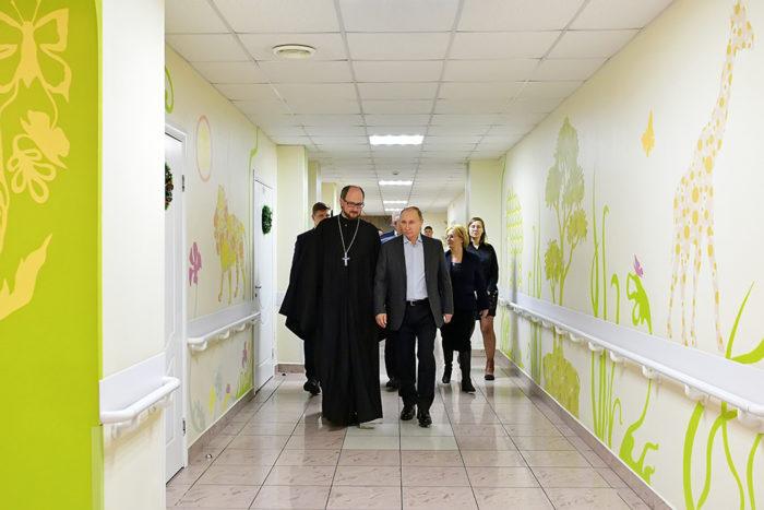6 января 2019 года Владимир Путин встретился с подопечными и сотрудниками детского хосписав Санкт-Петербурге