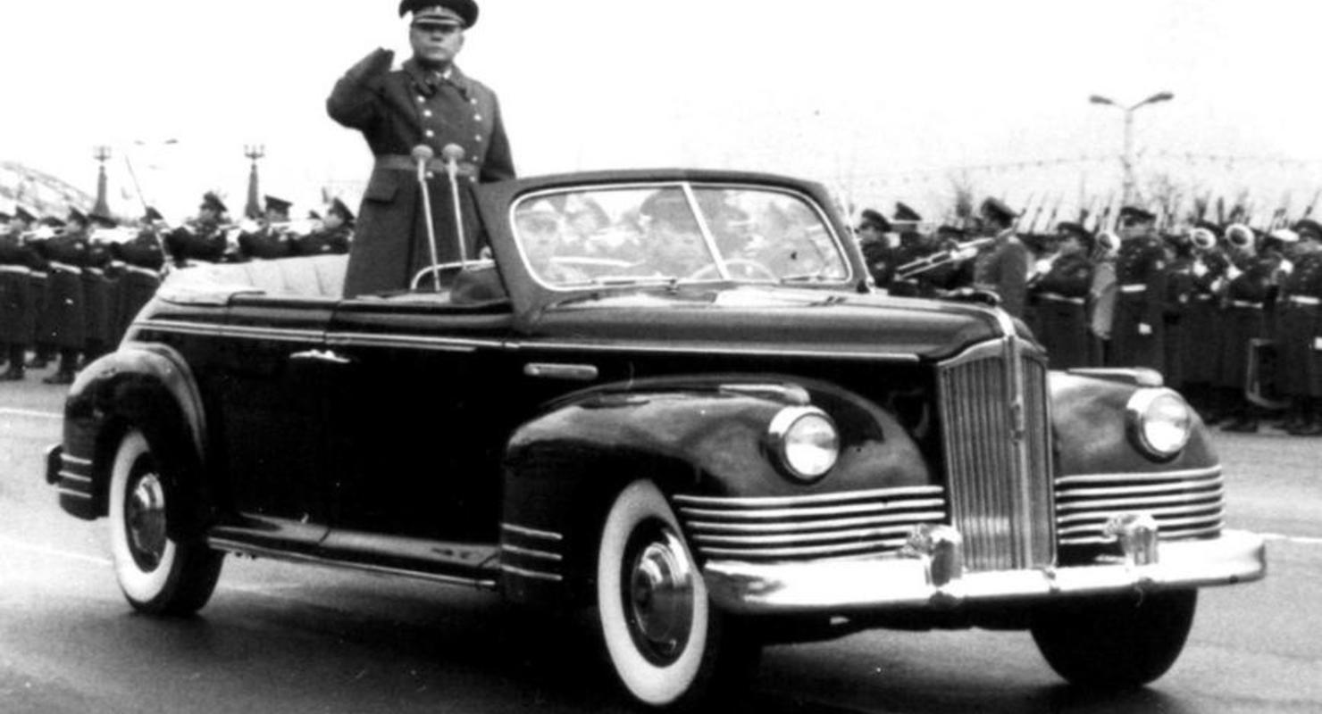 Шесть главных авто страны, участвовавших в парадах Победы Автомобили