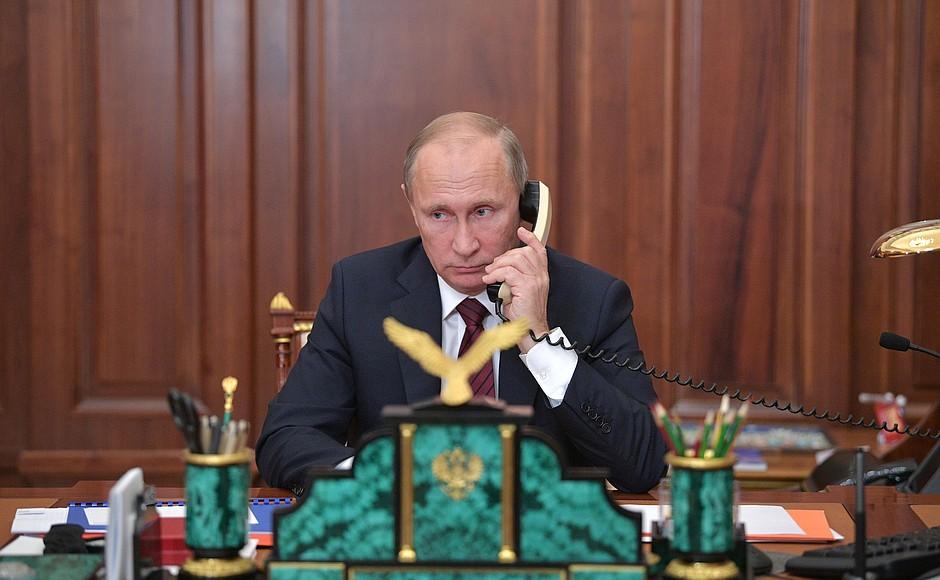 Телефонный разговор с Александром Захарченко и Игорем Плотницким