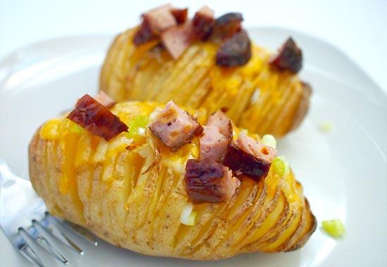 запеченный картофель в мундире в духовке с начинкой