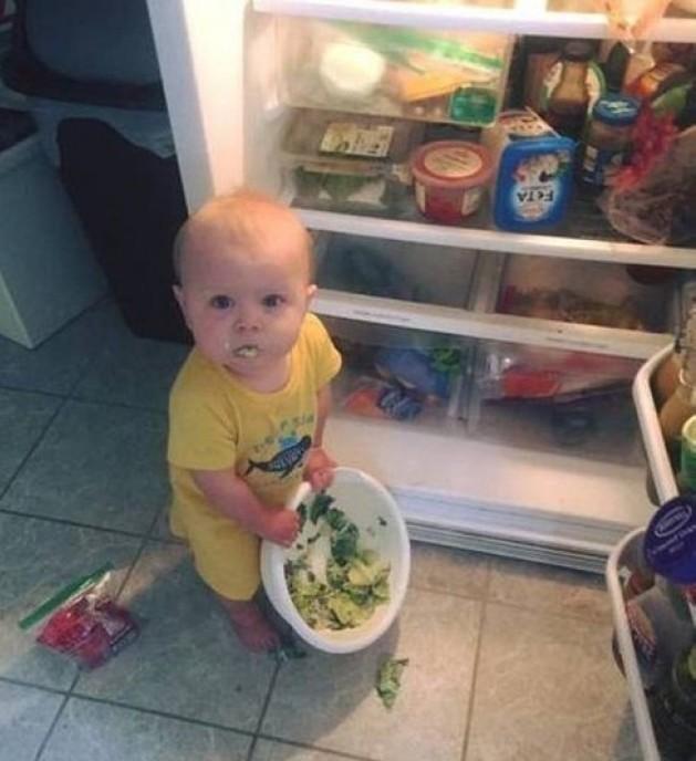 Успеть за 15 секунд: вот что может произойти, если оставить ребенка без присмотра  дети, прикол, родители, юмор