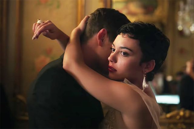 """Тайны, любовь втроем, много секса и ЛГБТК+: вышел первый трейлер четвертого сезона испанского сериала """"Элита"""" про школьников Сериалы"""