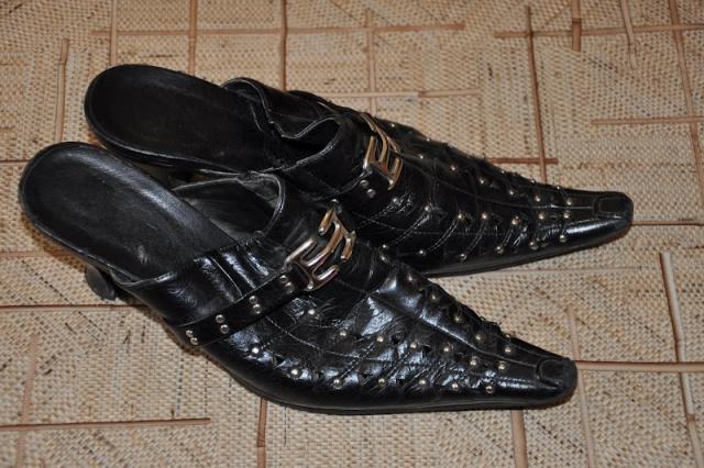 Переделка остроносной обуви