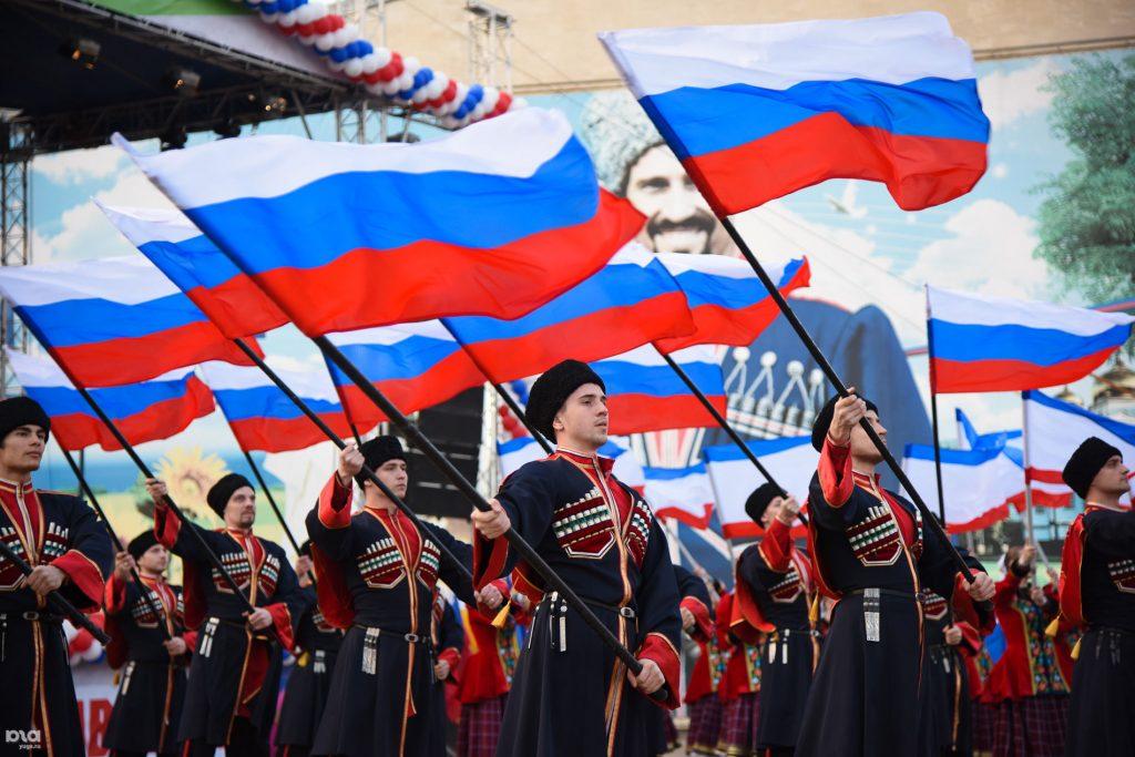 Истерика Запада: Россия нагло празднует присоединение Крыма!!