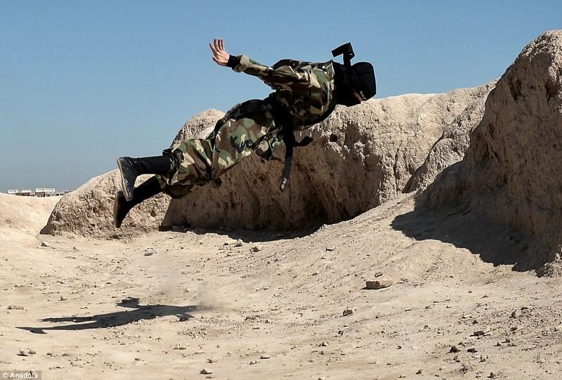 Иранские женщины-ниндзя - смертельное оружие, от которого не спастись армия, воины, женщины, иран, ниндзя, служба, смертельное оружие, суровая работа