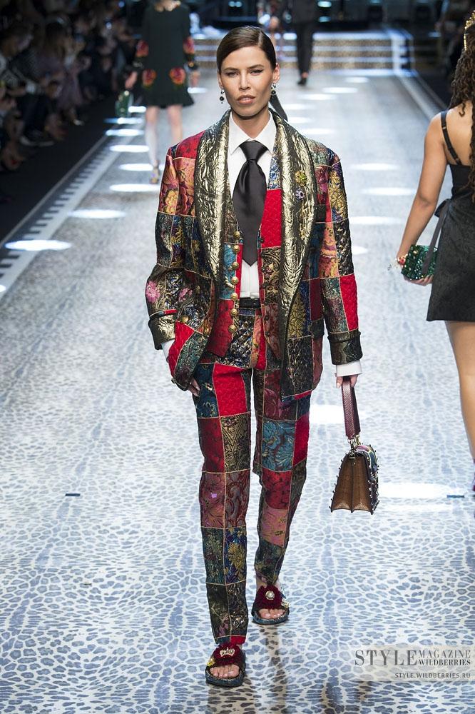 Показ новой коллекции Dolce & Gabbana: Русские на подиуме!