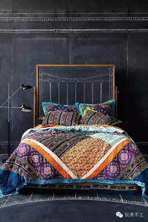 Спальня в цветах: Светло-серый, Серый, Синий, Черный. Спальня в стиле: Лофт.