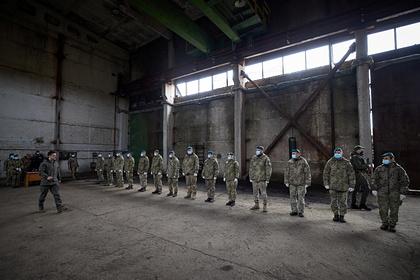 Украину уличили в размещении военной техники в жилых районах Донбасса