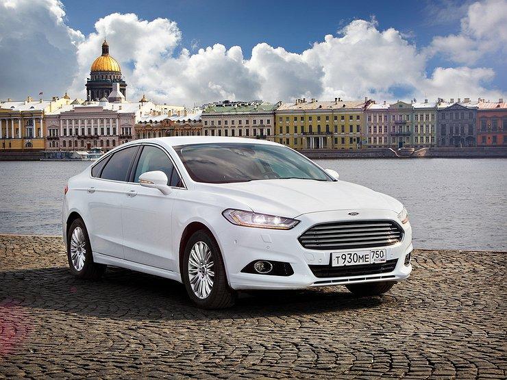 Автомобили Ford будут предупреждать водителей о ямах на дорогах