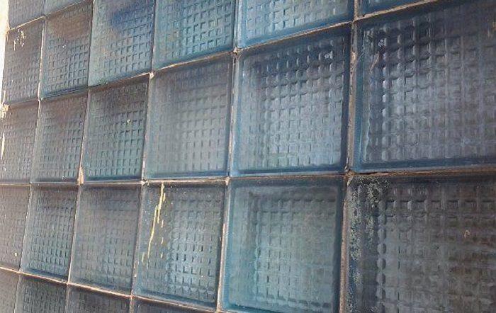 Почему в СССР были популярны стеклоблоки?