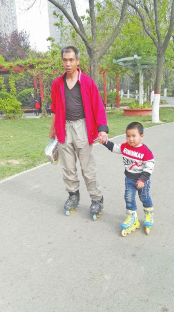 Воспитание по-китайски: 4-летний мальчик проехал более 500 километров нароликах гид,мир,путешествия