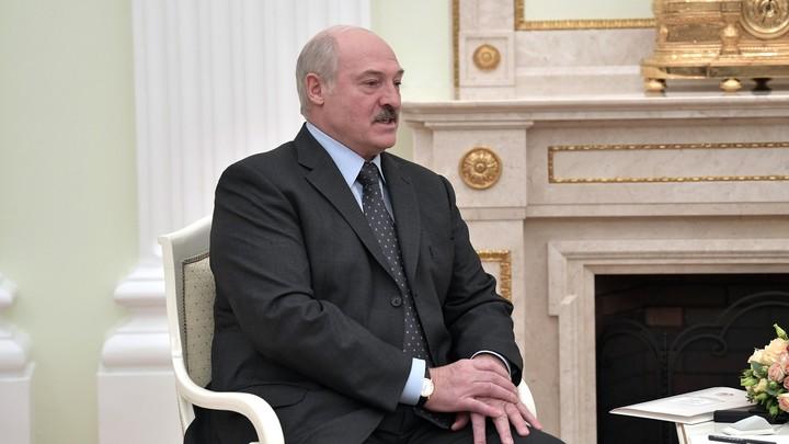 Протестующим на заметку: Лукашенко с помощью Путина доказал - слов на ветер не бросает геополитика