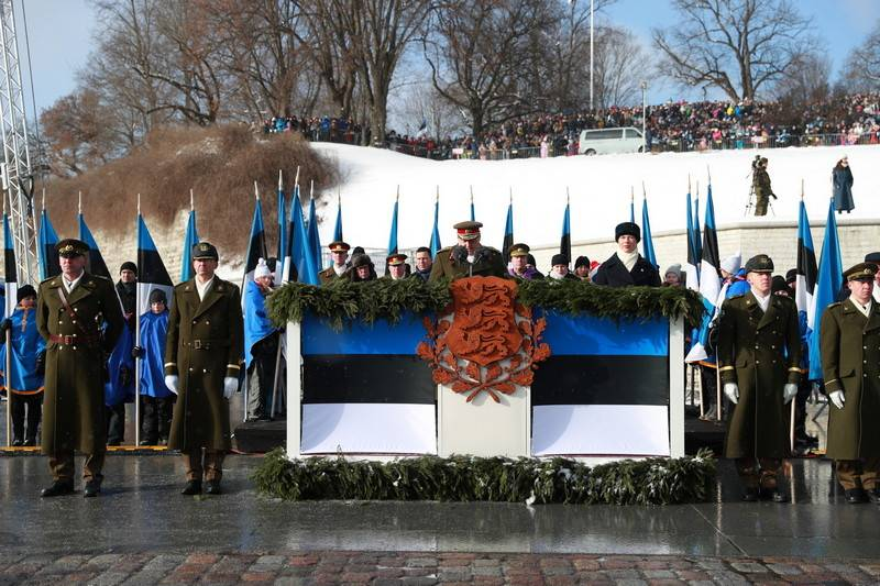 В Таллине прошел парад Сил о…