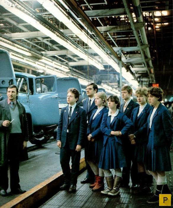 В цеху завода ЗиЛ, 1985 год. было, история, фото
