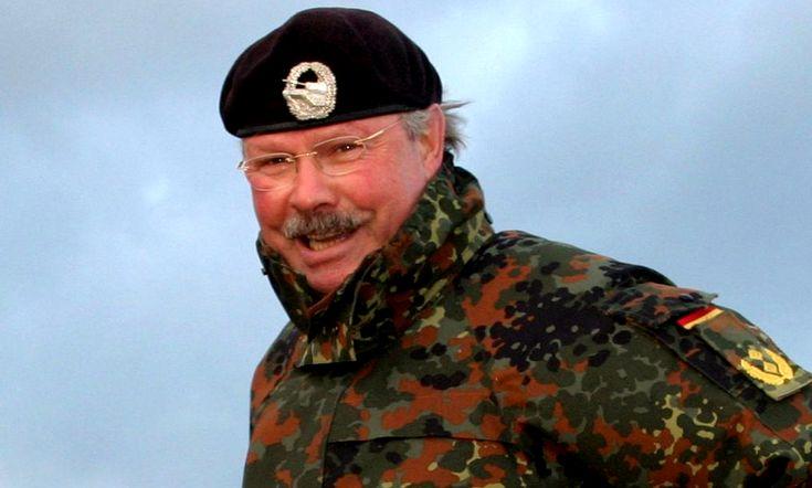 Офицер НАТО, владеющий секре…