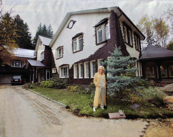 Дворец 'шальной императрицы' Ирины Аллегровой