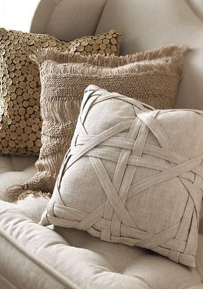 21 потрясающая идея декоративных подушек для дома своими руками!