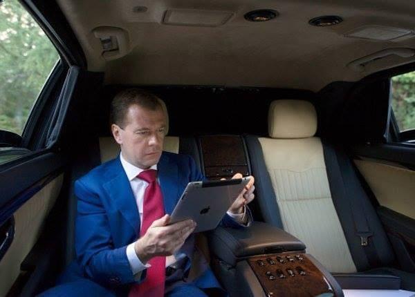 Медведев на воеводстве: он п…