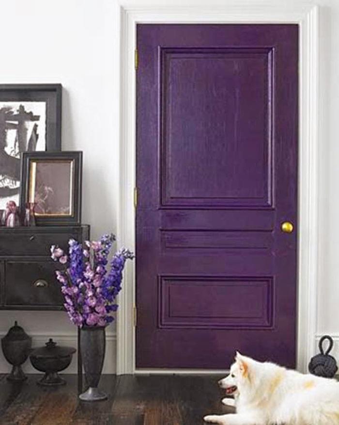 Как перекрасить двери в темный цвет