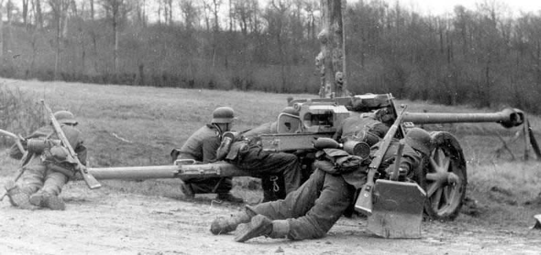 Использование трофейных немецких противотанковых орудий оружие