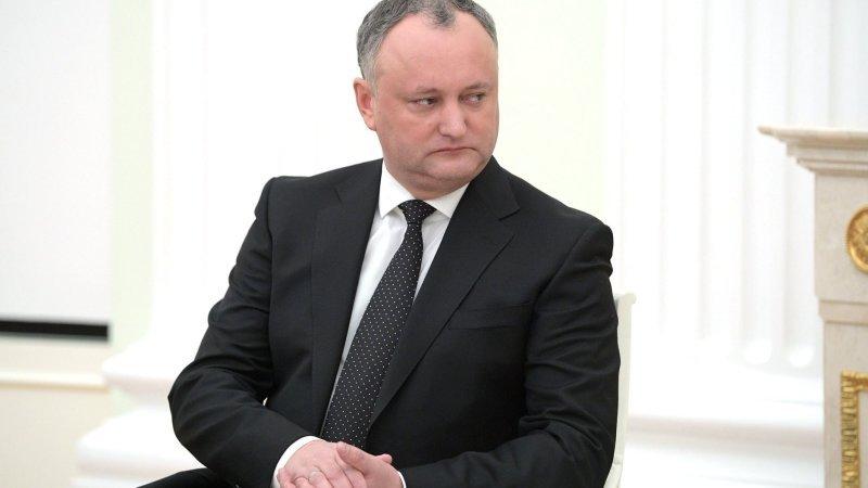 Додона отстранили от должности президента Молдавии
