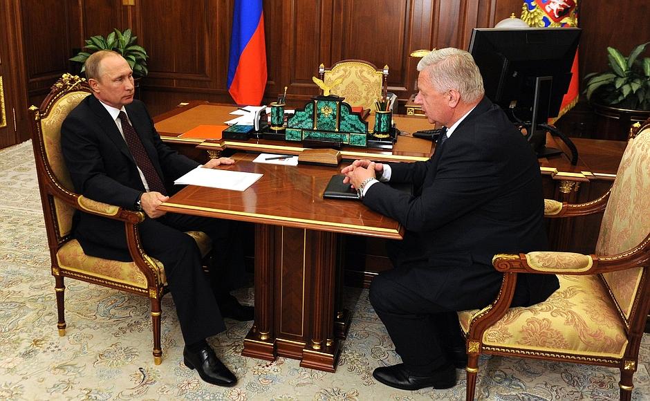 Путин: выплаты зарплат - мой главный интерес