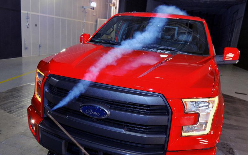 Ford бросит в трубу 200 млн долларов