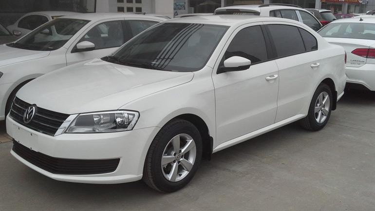 Фотографии нового поколения седана Volkswagen Lavida попали в интернет