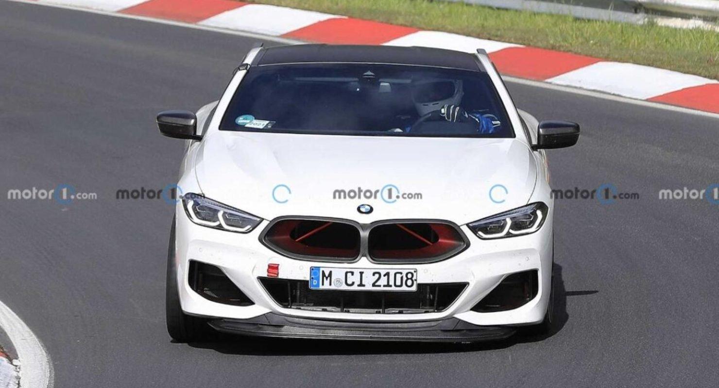 Компания BMW вывела на тесты самое мощное купе M8 CSL Автомобили