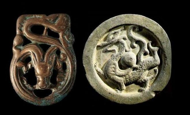 Находки в Сибири: Тайга отдает древние артефакты разгадке, приблизились, построек, древние, нашел, Фефелов, Сергей, фермер, обычный, геральдических, зверей, поляhttpwwwyoutubecomwatchvijLYDRfp3TMТаких, изображением, броши, драконовСеребряные, Сибирских, артефакта, вспашке, делала, медальонов