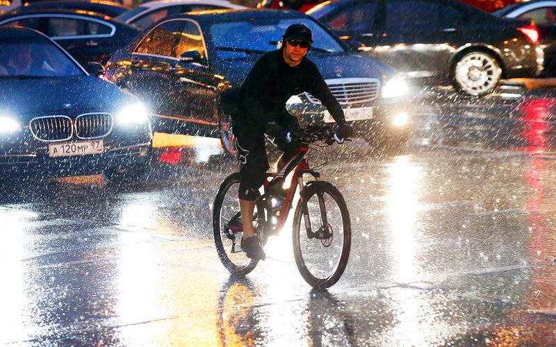 Новые изменения в ПДД: вся власть — велосипедистам