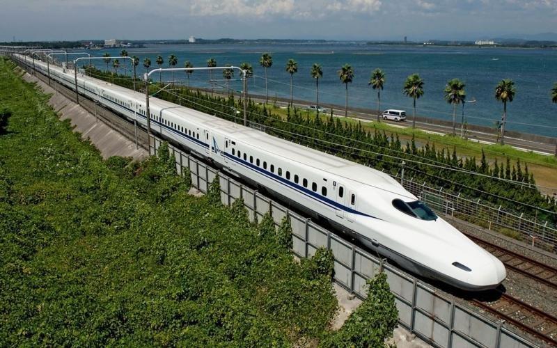 Действующие поезда на воздушной подушке вагоны, железнодорожные, изобретения, поезда, рельсы, факты, фантазии