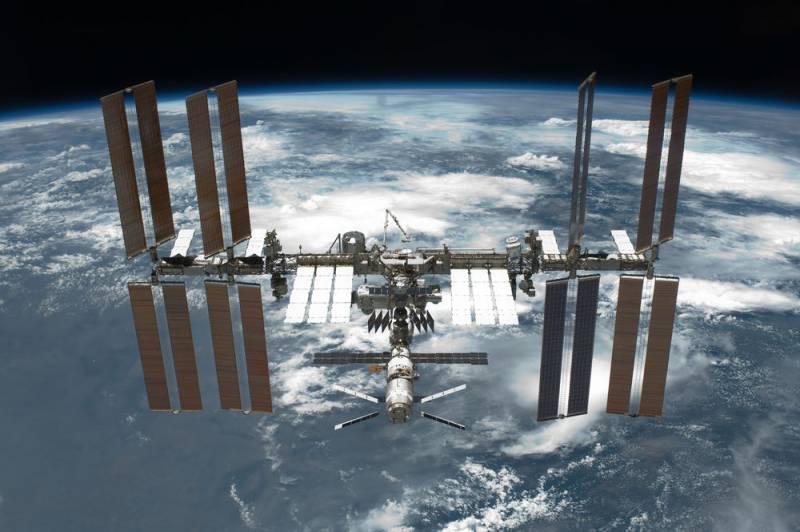 Россия анонсировала выход из проекта Международной космической станции