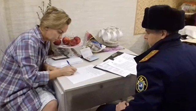 Красноярских чиновниц подозревают в краже подарков для ветеранов