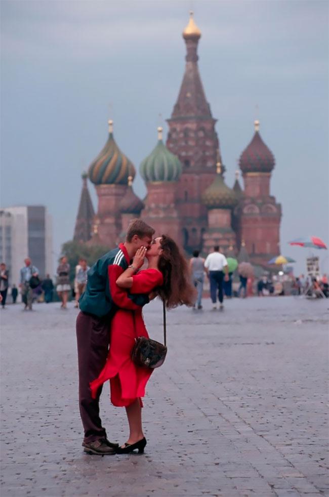 Рожденные в СССР: снимки русских девушек 1990-х годов