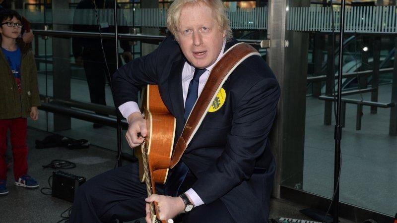 Вестминстеру грозит возвращение высокого блондина