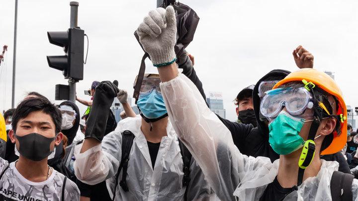 Удар по Си Цзиньпину: Как США используют протесты в Гонконге в своих интересах