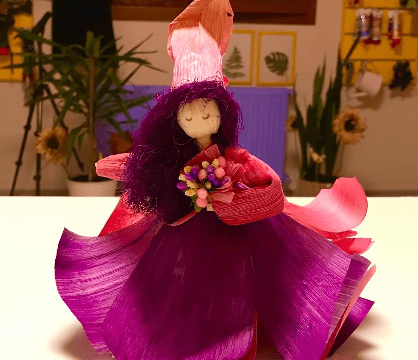 Удивительная кукла из кукурузных очисток