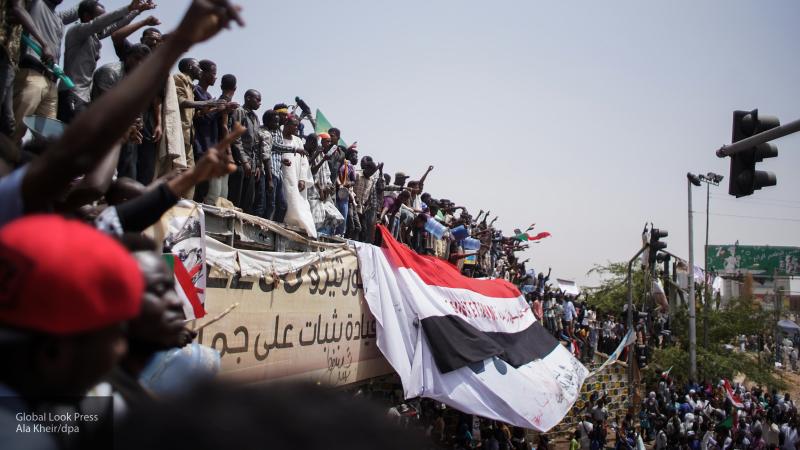 """Суданская """"революция барабанов"""" почти победила"""