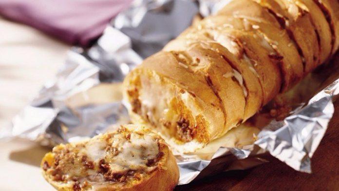 Супер-бутерброд для всех, кто любит вкусно покушать!