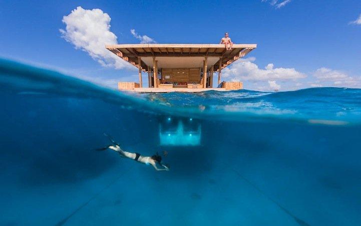 Номера отелей с видом на морское дно
