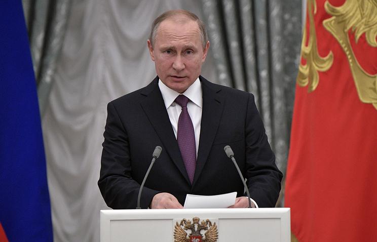 Песков рассказал об отсутствии у Путина конкурентов на выборах