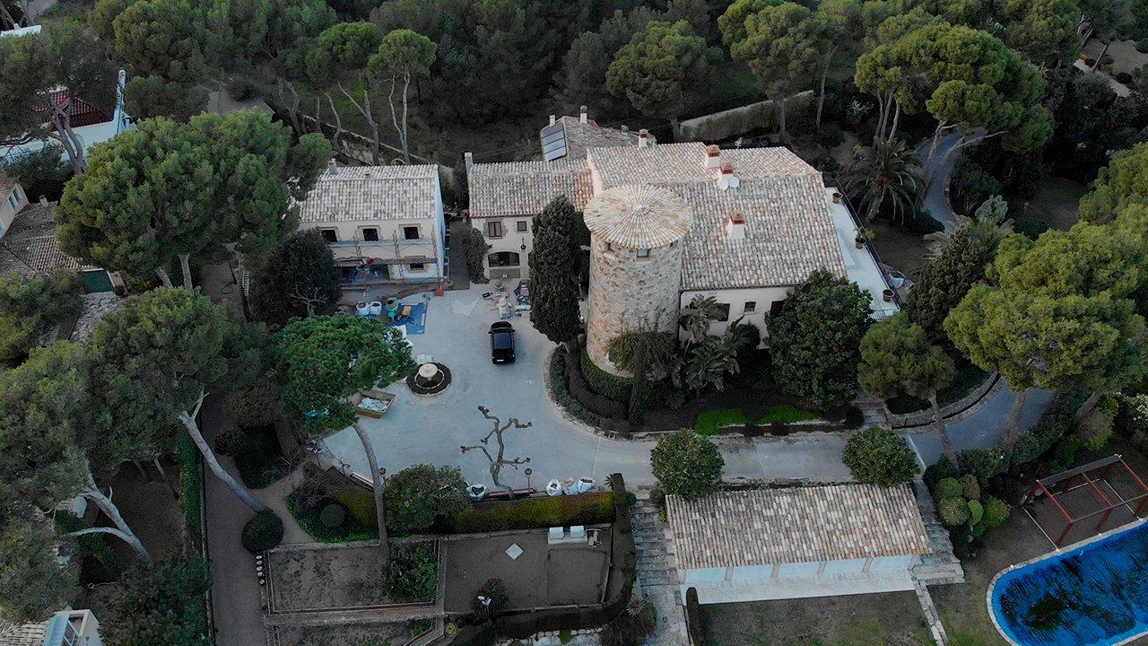У родственников главы «Ростеха» нашли виллы в Испании за десятки миллионов евро владение