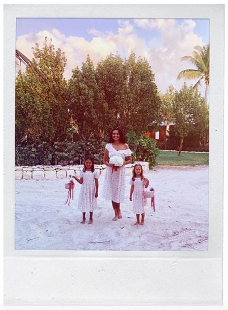 Брюс Уиллис и Эмма Хеминг обновили свадебные клятвы в присутствии Деми Мур и дочерей Свадьбы / Звездные свадьбы