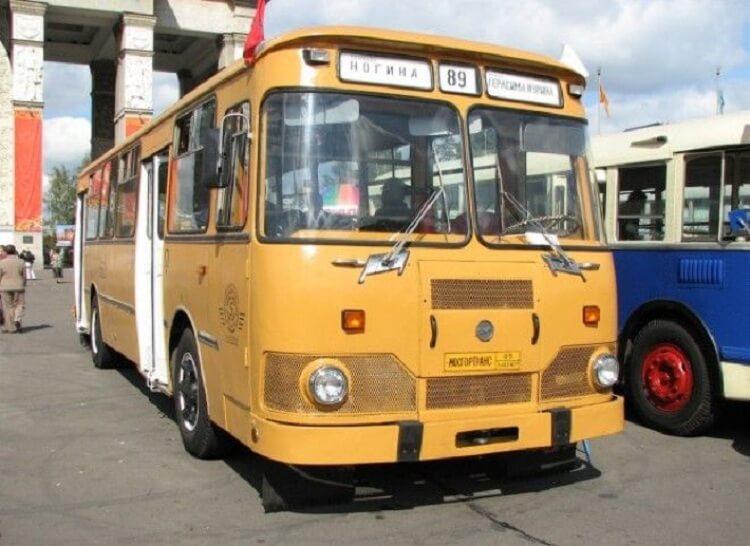 Каждый 9-й автобус достался России от СССР
