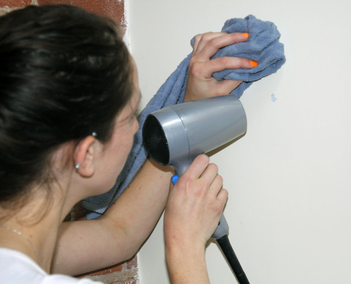 Даже если ребенок изрисовал все стены, не стоит его ругать. /Фото:cdn.instructables.com