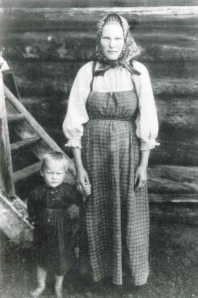 Родить ребенка - не велик подвиг? Как жили беременные в России 150 лет назад