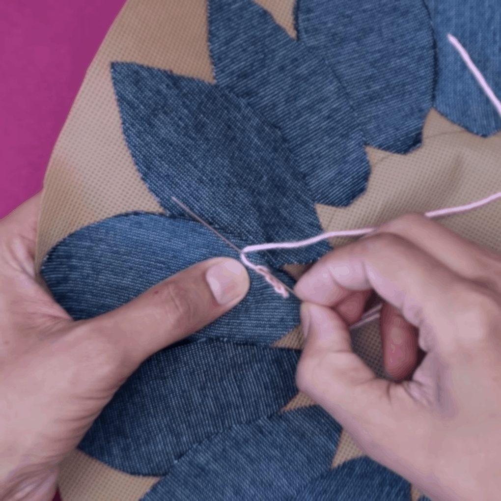 Старые джинсы, остатки пряжи и немного креатива коврик,новая жизнь старых вещей