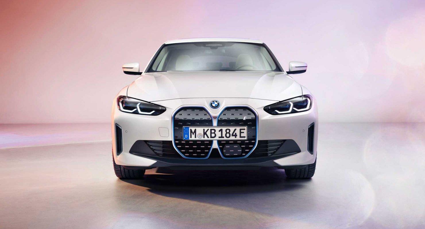 Электрический седан BMW i4 M50 показали на рендерах Автомобили